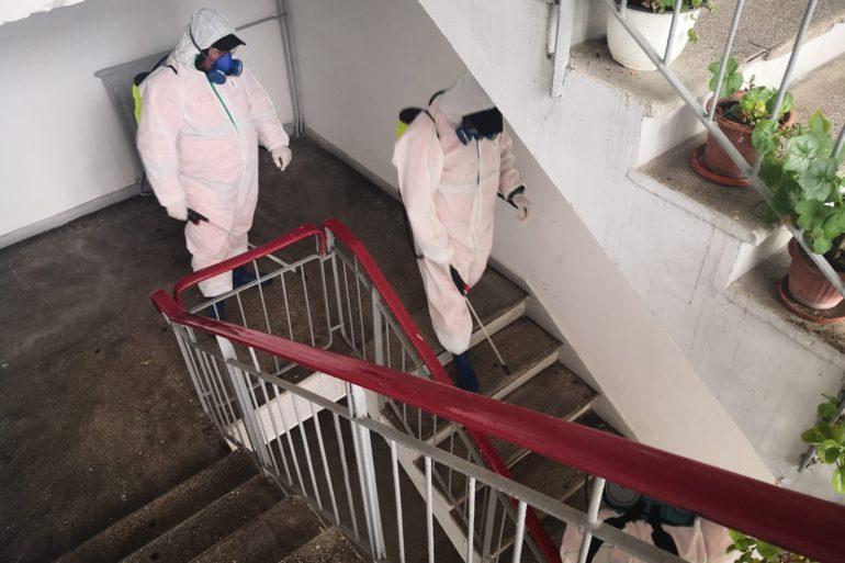 Salubritate Craiova reia dezinfecția scărilor de bloc